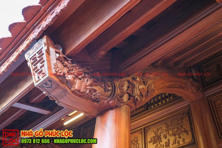 Phần kẻ hiên của nhà gỗ cổ truyền